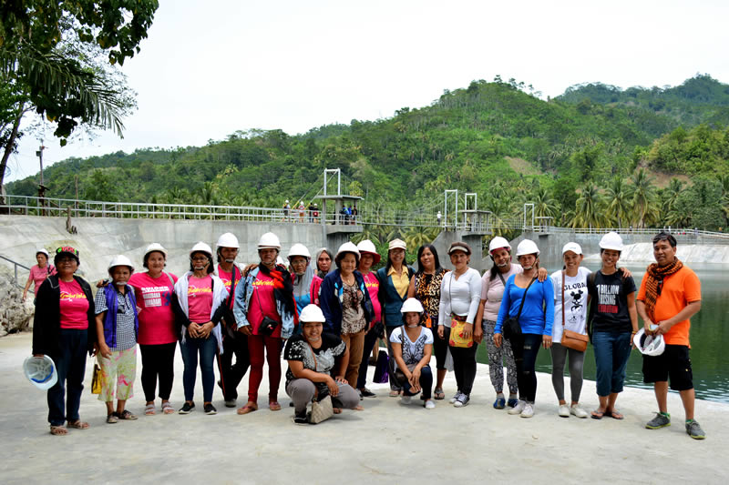Gabriela, urban poor visit BCWD-THRC PPP Bulk Water Project